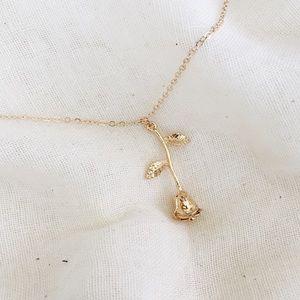 acacia rose necklace x gold